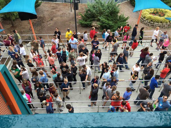 Is Six Flags Flash Pass Really Worth It? – Is It Packed