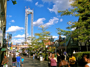 when is the best time to go to six flags new england